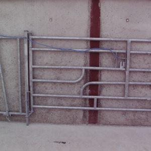 calving_gate_1